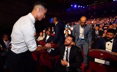 Bashkëbisedimi i ngrohtë mes dy ikonave të futbollit botëror, Ronaldo: Nuk kemi ngrënë darkë së bashku, por e shtyjmë njëri tjetrin përpara