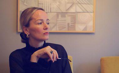 Adriana Matoshi duket më e bukur se kurrë: Imagjinoni një pasqyrë që mund të zbulojë personalitetin tuaj