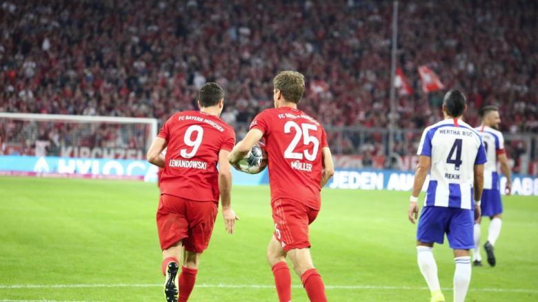 Bayerni e fillon mbrojtjen e titullit me barazim, ndalet nga Hertha