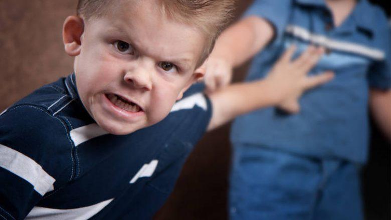 Si ta qetësoni zemërimin e vogëlushit