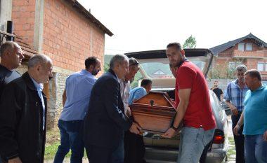 Kthehen në vendlindje eshtrat e Rifat Berishës, i zhdukur para 27 viteve në Bosnje