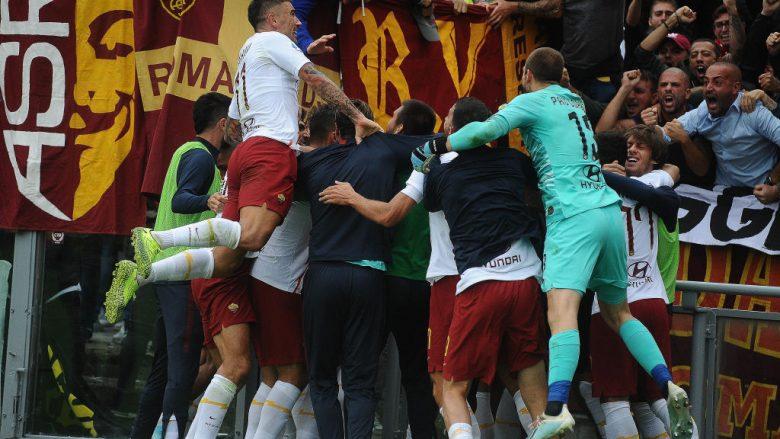 Festa e lojtarëve të Romës pas golit të fitores nga Dzeko (Foto: Mario Carlini / Iguana Press/Getty Images/Guliver)