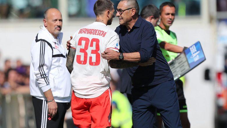 Maurizio Sarri dhe Federico Bernardeschi .  (Photo by Gabriele Maltinti/Getty Images)