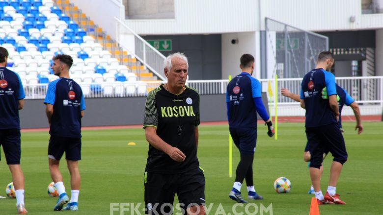 Kosova zhvillon stërvitjen e fundit para nisjes në Angli, të gjithë futbollistët janë gati