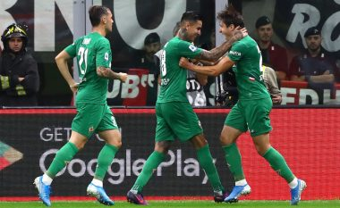 Moment i vështirë për Milanin, nënshtrohet nga Fiorentina