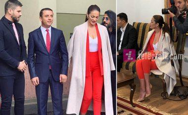 """Arbnora Ademaj mori vëmendje me paraqitjen atraktive në takimin e """"Çënarit"""" me Ministrin Gashi"""
