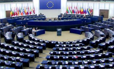 Në BE, Komiteti LIBE rekomandon liberalizimin e vizave me Kosovën