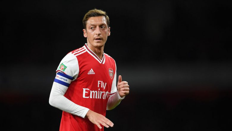 Mesut Ozil (Foto: Laurence Griffiths/Getty Images/Guliver)