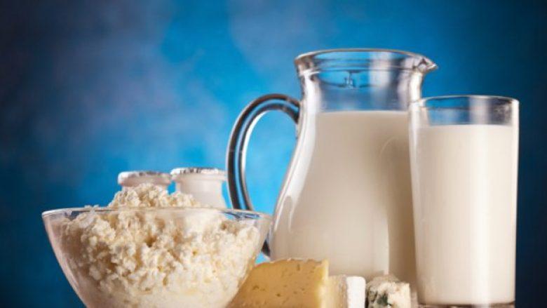 Uji nuk është pija më hidratuese për trupin – vendin e parë e zë një lloj i caktuar i qumështit