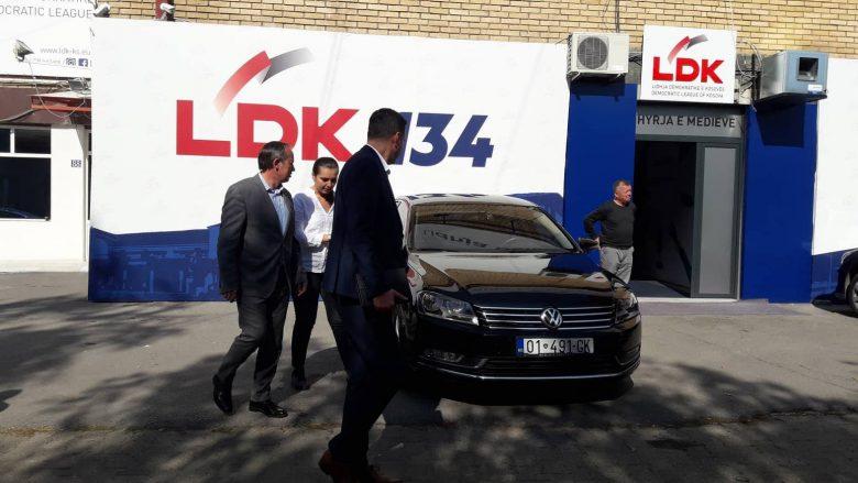Përfundon takimi LVV-LDK, dakordohen për përmbajtjen dhe parimet e marrëveshjes për bashkëqeverisje