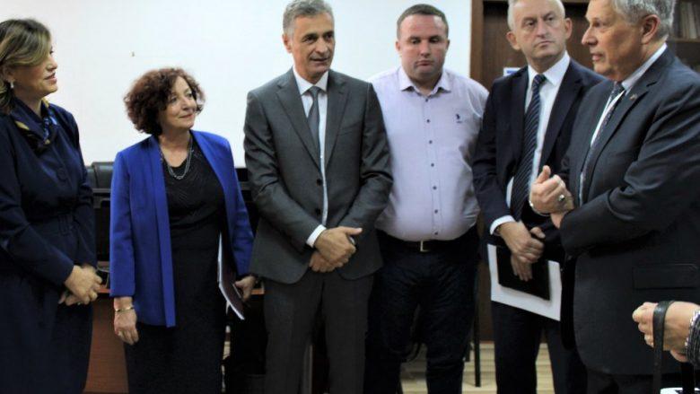 Kosnett: Krenari kur shikoj Kosovën që bën zgjedhjen e saj për një të ardhme paqësore