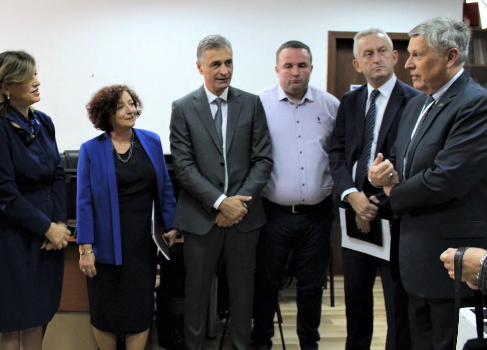 Kosnett: Krenari kur shikoj Kosovën që bënë zgjedhjen e saj për një të ardhme paqësore