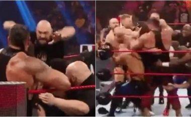 Fury u fut në ringun e WWE për t'u përballur me Strowman - sigurimi e kishte të vështirë t'i ndante