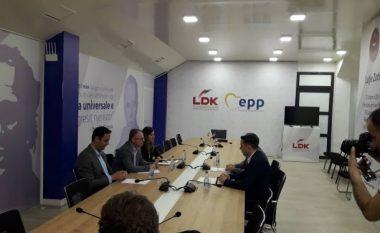 Fillon takimi i grupeve punuese të LVV-së dhe LDK-së
