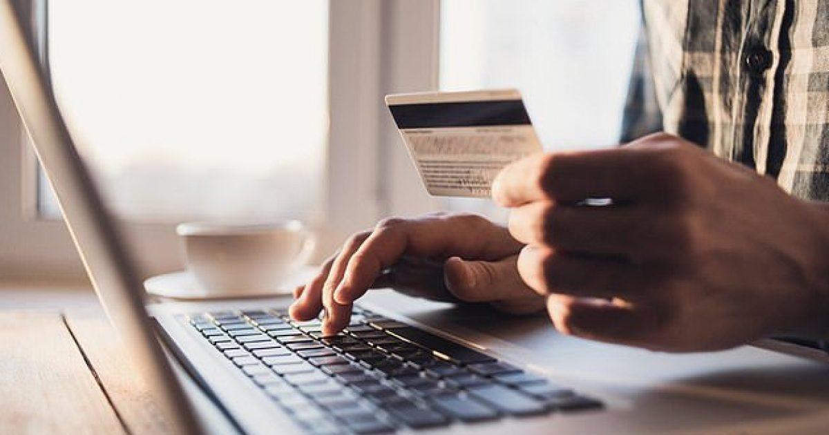 Photo of Varësia për të bërë 'shopping' në internet është problem i shëndetit mendor