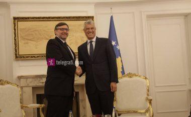 Përfundon takimi Thaçi-Palmer, flasin për marrëveshjen gjithëpërfshirëse me Serbinë