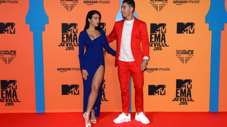 Georgina Rodriguez dhe Cristiano Ronaldo (Foto: Kate Green/Getty Images for MTV/Guliver)