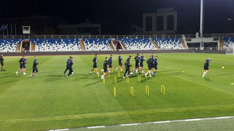Kosova zhvilloi stërvitjen e fundit para sfidës ndaj Anglisë