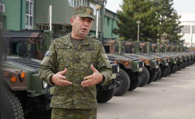 FSK sivjet shënon Ditën e Forcës me mandat të ri ushtarak, emblema e flamuj të rinj