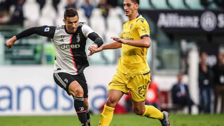 Kumbulla gjatë një dueli me Ronaldon