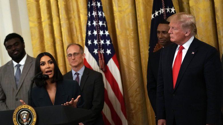 Kim Krdashian dhe Donald Trump (Foto: Alex Wong/Getty Images/Guliver)