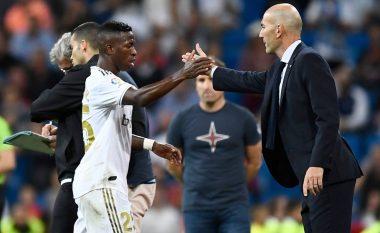 Zidane: Vinicius Jr është e ardhmja e Realit, ai është në planet e mia