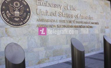 Ambasada amerikane kundër reciprocitetit: Taksa duhet hequr, po ngulfatet ekonomia e Kosovës