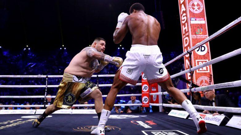 Joshua fiton me pikë ndaj Ruizit dhe i kthen titujt e botës