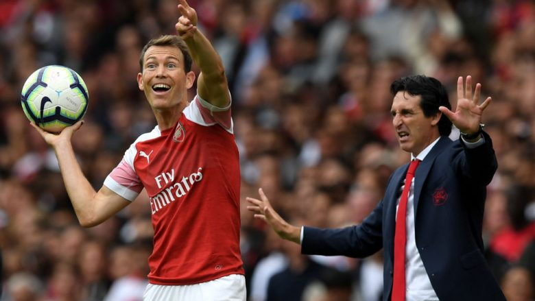 Stephan Lichtsteiner dhe Unai Emery (Foto: Shaun Botterill/Getty Images/Guliver)
