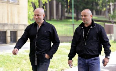 Prokuroria lëshon urdhër-arrest ndërkombëtar për Milan Radojçiq dhe Zvonko Veselinoviq
