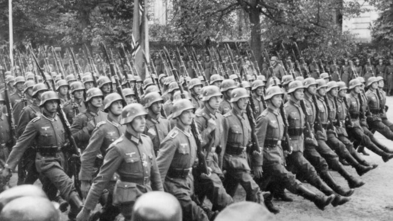 Parada e trupave gjermane në Varshavë (1939)