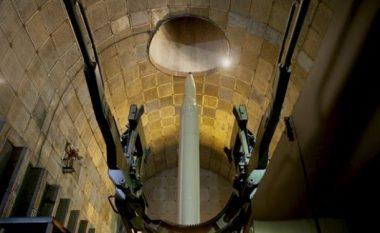 Raketat e Iranit fshihen nën pesë shtresa betoni