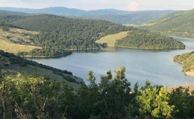 Matoshi: MMPH-ja nuk ka dhënë leje për ndërtimet te Liqeni i Badovcit