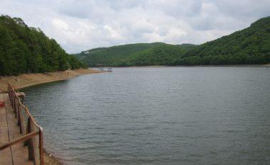 Bie niveli i ujit në liqenin e Badovcit dhe Batllavës, Kosova drejt krizës për ujë të pijshëm