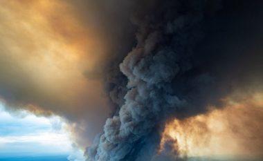 Vatrat e zjarrit në dy qytete kufitare në Australi, mund të bashkohen në një të fuqishme - banorëve iu kërkohet evakuim, për disa është shumë vonë