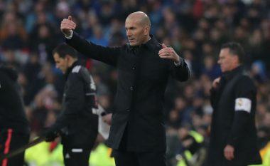 Zidane thotë se në rastin e golit të pranuar të De Jong pati prekje me dorë, por gjyqtari vendosi në favor të Sevillas