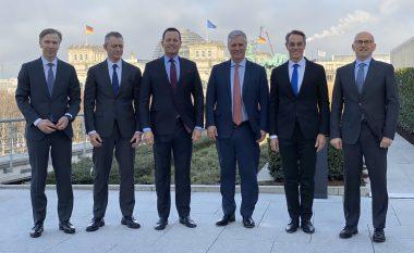 A ndikoi administrata e Trumpit që të arrihet marrëveshja për krijimin e linjës ajrore Prishtinë-Beograd?