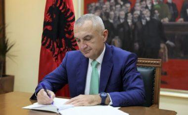 Presidenti Meta nuk e dekreton Ligjin Antishpifje, e kthen në Kuvend