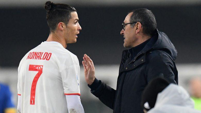 Cristiano Ronaldo dhe Maurizio Sarri (Foto: Alessandro Sabattini/Getty Images/Guliver)
