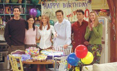 """Pas episodit special të """"Friends"""", producentët planifikojnë sezon të ri në vlerë prej 1.2 miliard eurosh"""