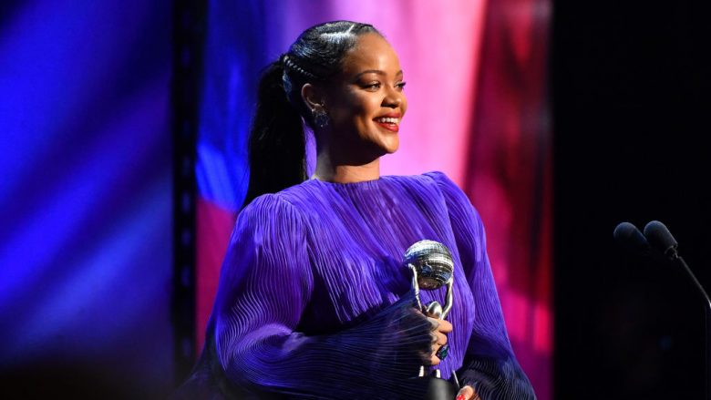 Rihanna (Foto: Paras Griffin/Getty Images/Guliver)