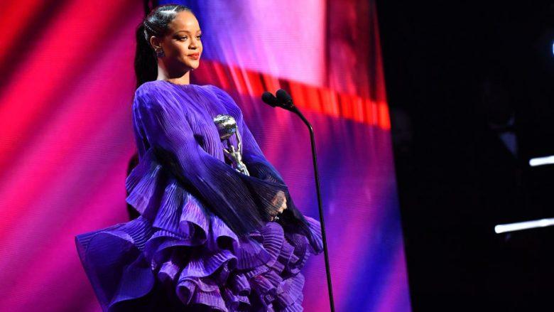 Rihanna emocionon me fjalimin e saj në NAACP Image Awards