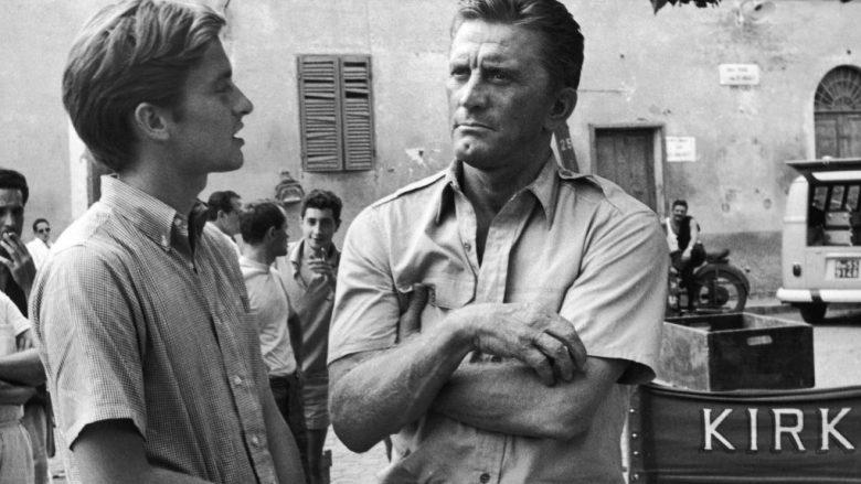 Michael dhe Kirk Douglas në vitin 1965 (Foto: Hulton Archive/Getty Images/Guliver)