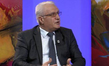 Historiani Mala: Në Jugosllavinë komuniste krimet u harruan në emër të vllaznim-bashkimit, por ato na u përsëritën në vitet 90-ta