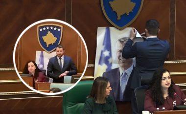 Deputeti i PDK-së tregon pse e vendosi fotografinë e Presidentit Thaçi në Kuvend
