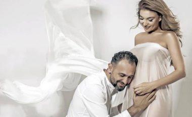 Yllka Kuqi konfirmon shtatzëninë me imazhin më të veçantë me burrin e saj në ditën e të dashuruarve