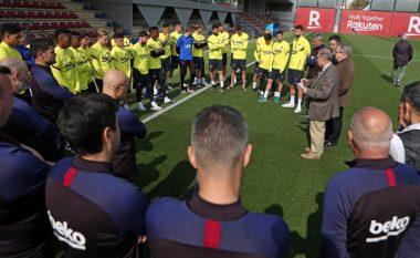 Barcelona shqyrton mundësinë, lojtarëve tu ndërpriten pagat për të paktën një muaj