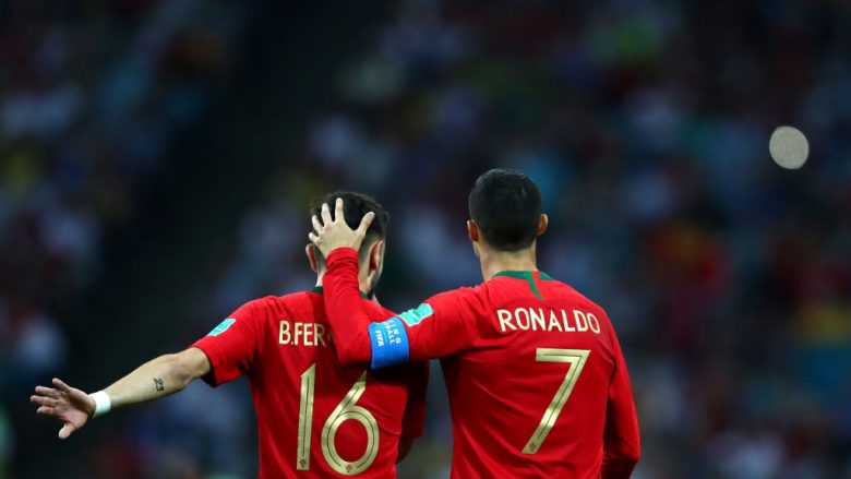 Bruno Fernandes dhe Cristiano Ronaldo (Foto: Dean Mouhtaropoulos/Getty Images/Guliver)