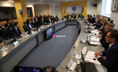 Qeveria e Kosovës ndërpret mësimin në të gjitha nivelet deri më 27 mars dhe merr vendime të tjera për shkak të coronavirusit