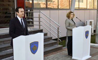Kurti: Ministres Hajdari sot i ka vdekur babai, por gjithë ditën ka punuar